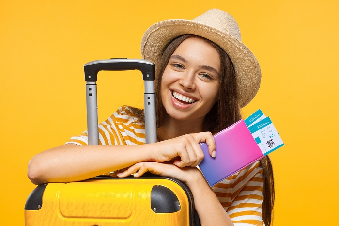 Be Prepared for Summer Travel: 5 Dental Health Tips for Your Vacation